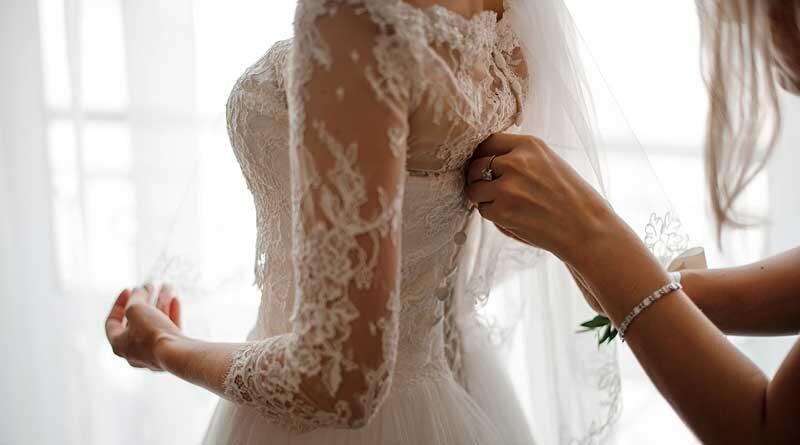 Should you Wear Shapewear Under your Wedding Dress?