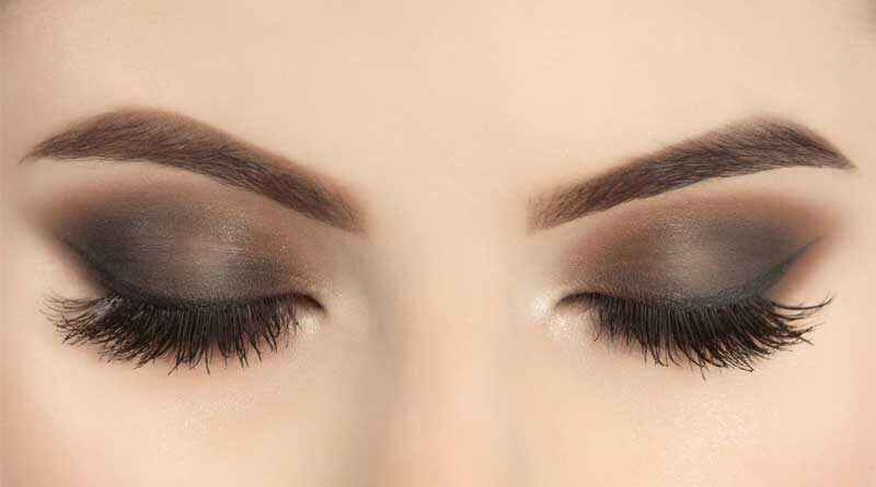 How to Wear Eyeshadow with Lash Extensions?
