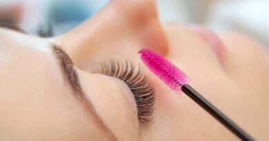 How to wear Mascara with Lash Extensions?